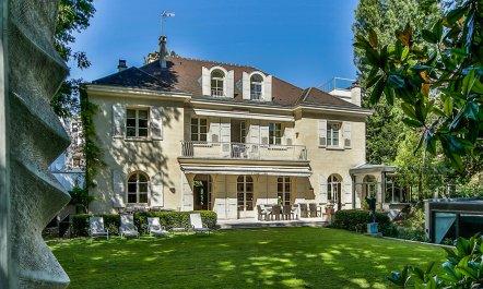 Neuilly Sur Seine Estate 0 ...