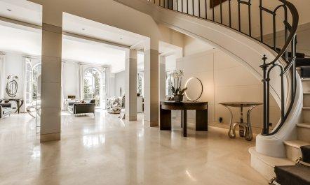 ... Neuilly Sur Seine Estate 9 ...